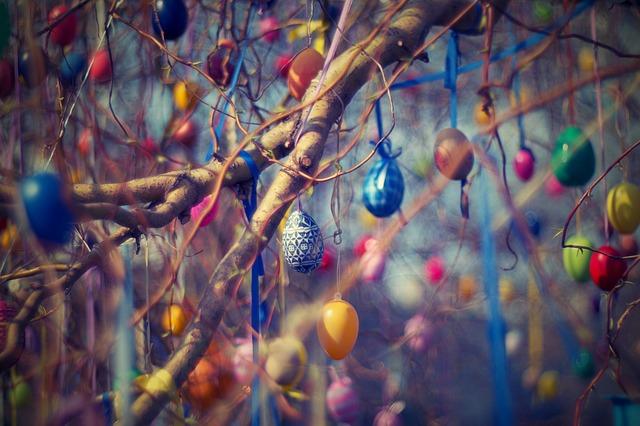 kraslice na stromě