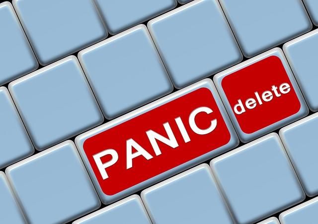 nepodlehnout finanční panice